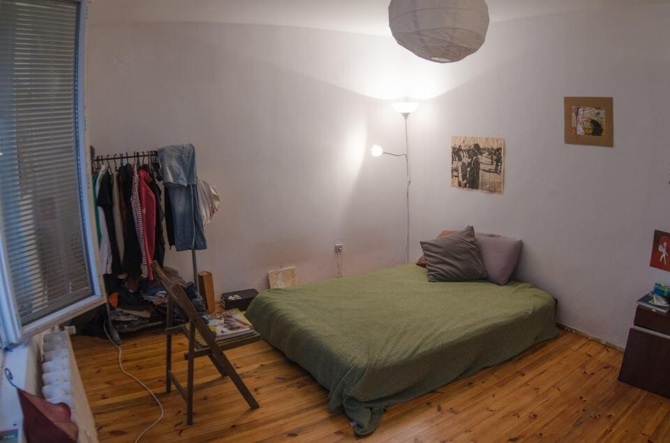 a-room-shared-apartment-year