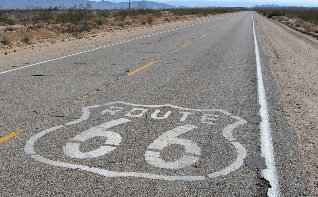 Route 66 je nekada povezivao Čikago sa Los Anđelesom, a danas se ovom rutom voze samo zaljubljenici u putovanja