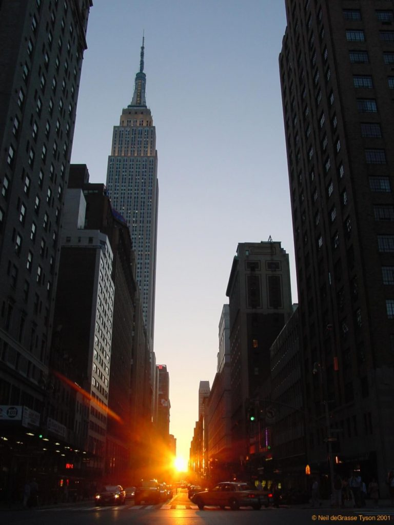 Manhattanhenge iz 34. ulice | Copyright © 2001, Neil deGrasse Tyson