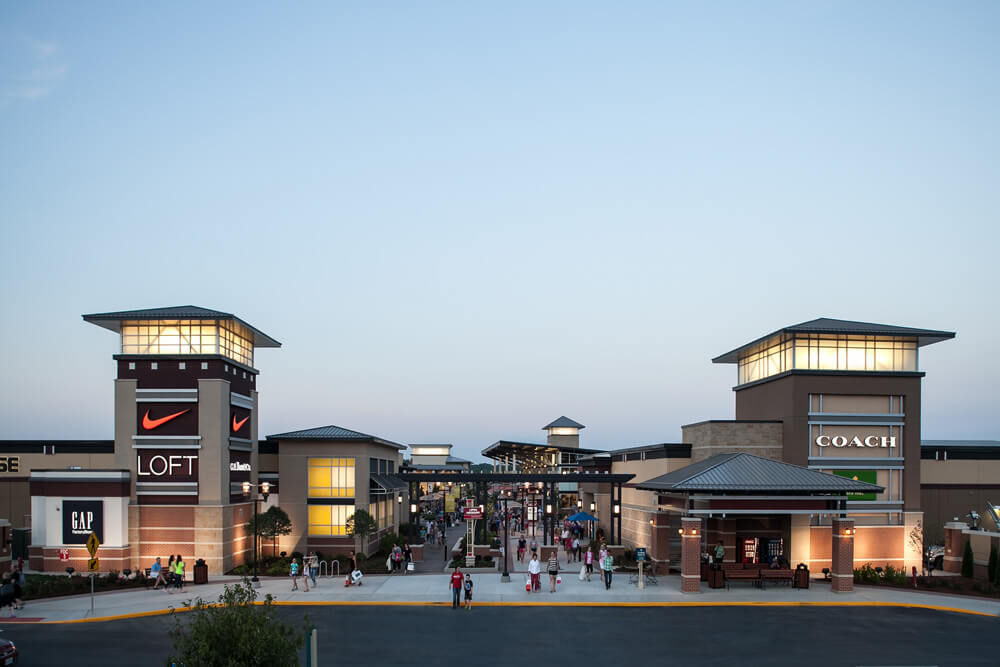 Credits: Premium Outlets
