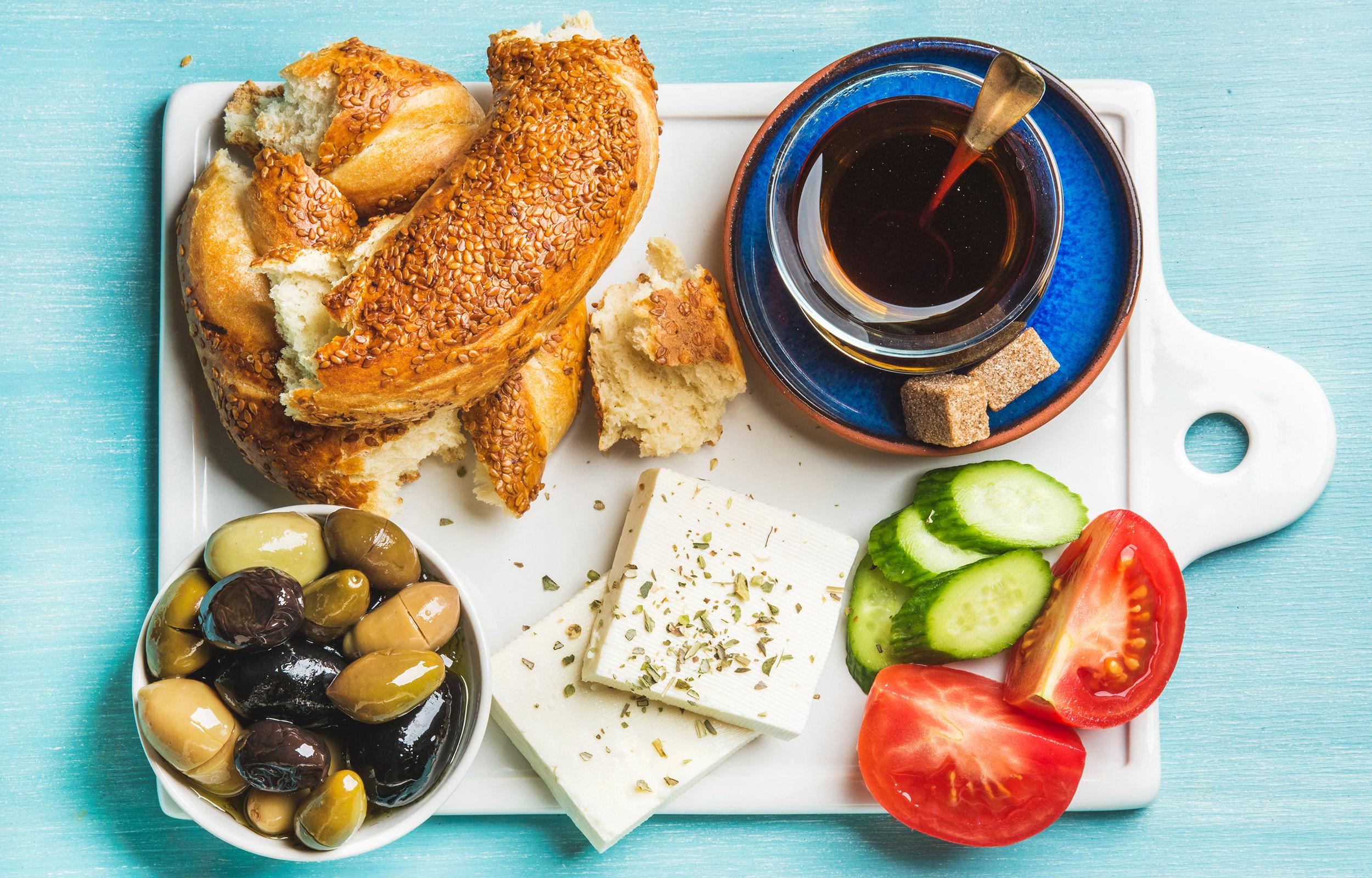 7 Mediterranean Diet Breakfasts To Make In 30 Minutes Or Less
