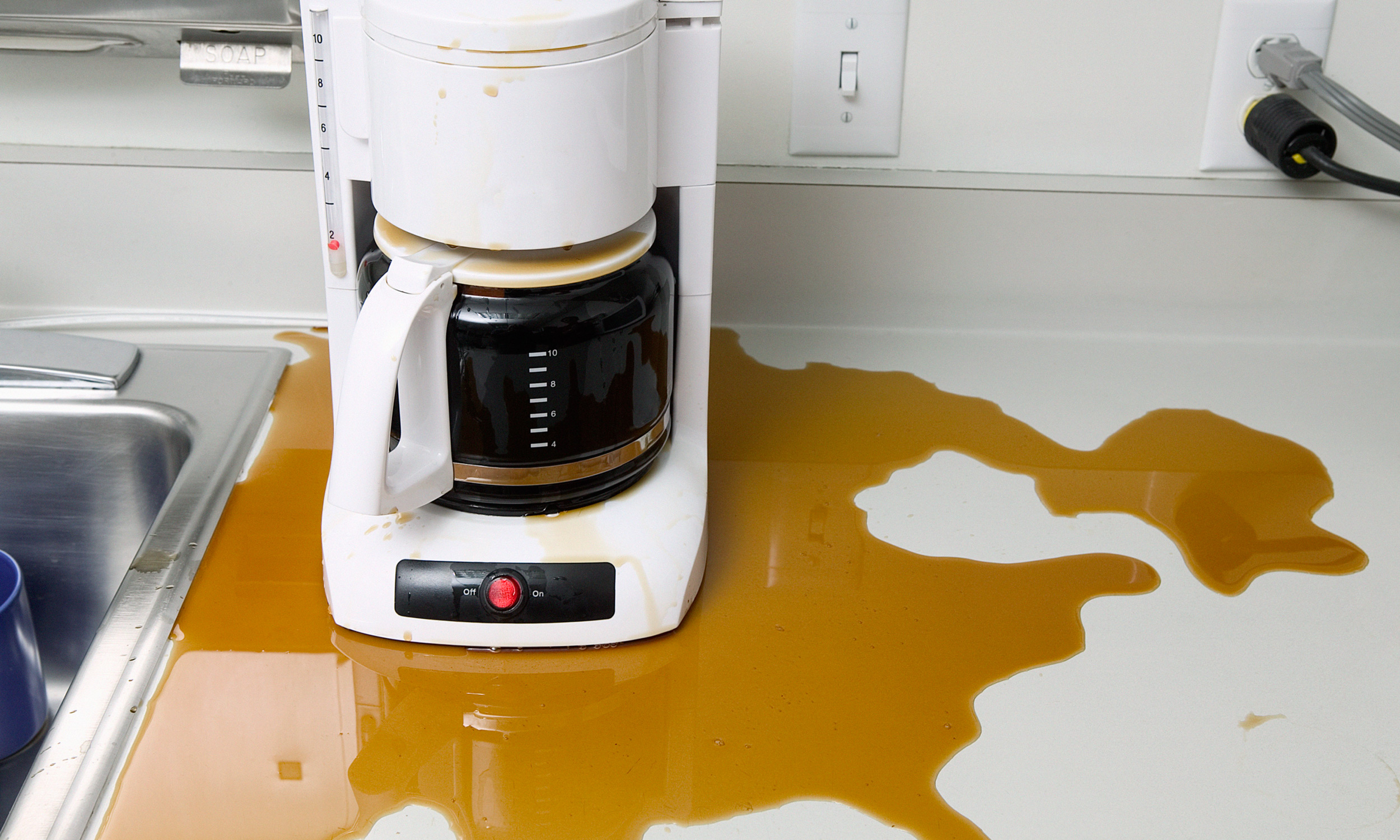 Bunn Coffee Maker Filter Overflows : How to Stop Your Coffee Maker from Overflowing Extra Crispy