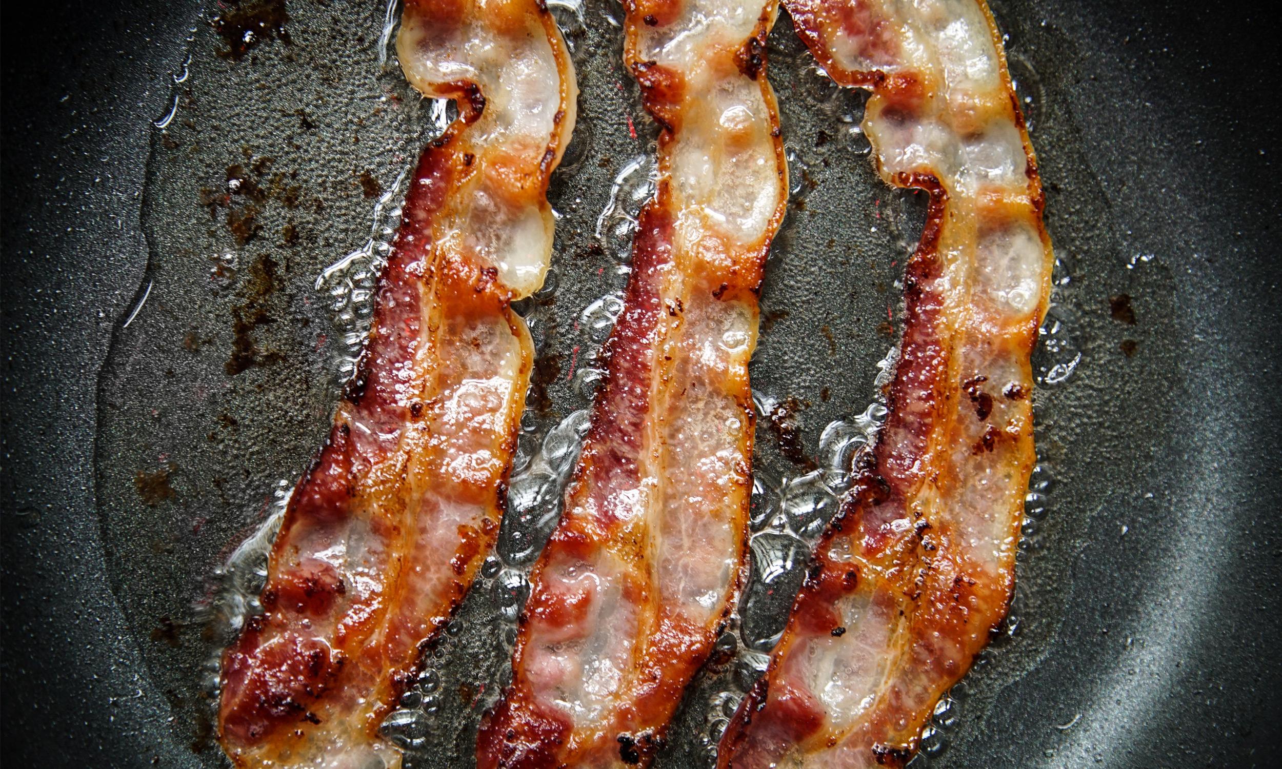 7 ways to use leftover bacon grease extra crispy. Black Bedroom Furniture Sets. Home Design Ideas