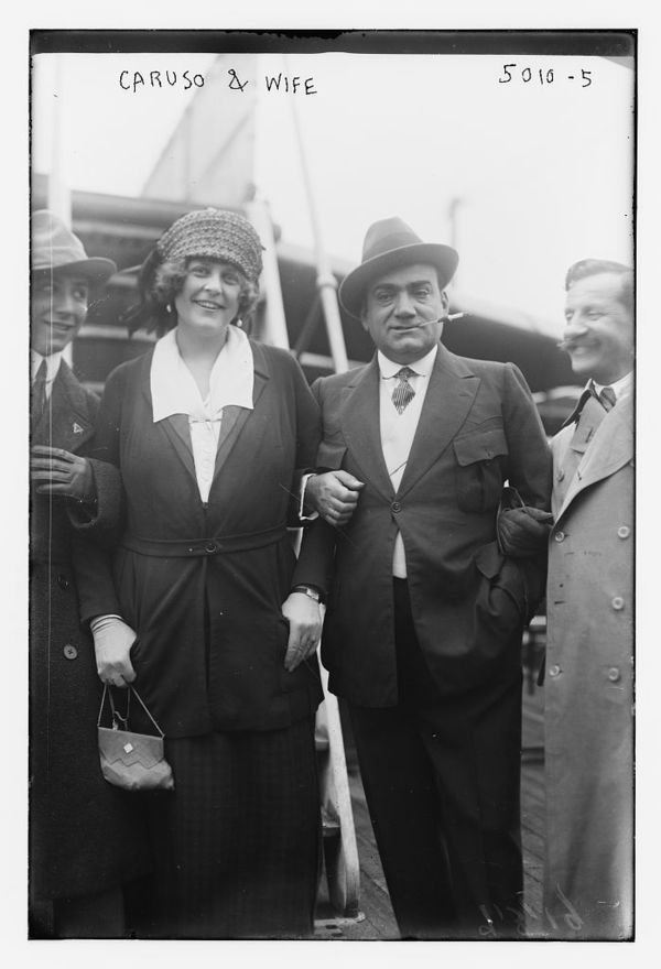 Caruso & wife