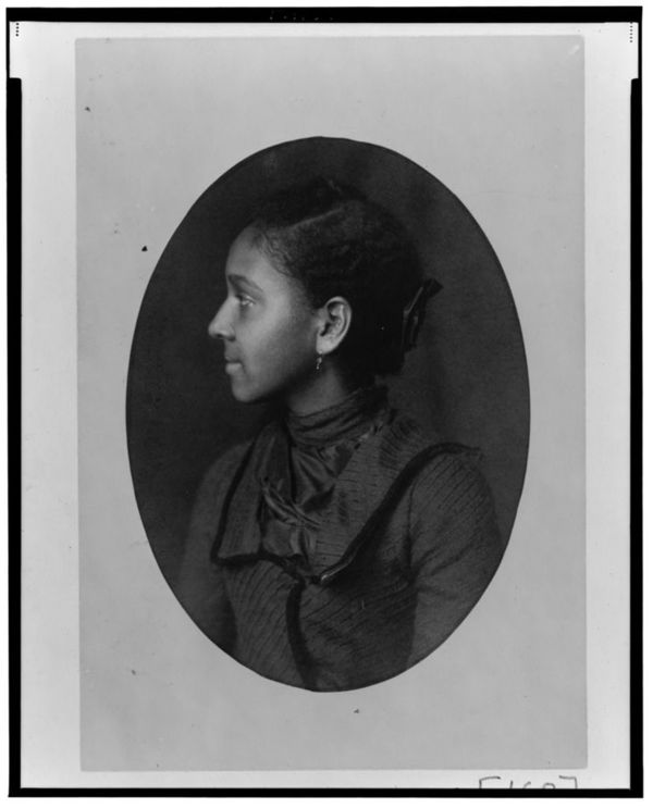African American woman, head-and-shoulders portrait, left profile