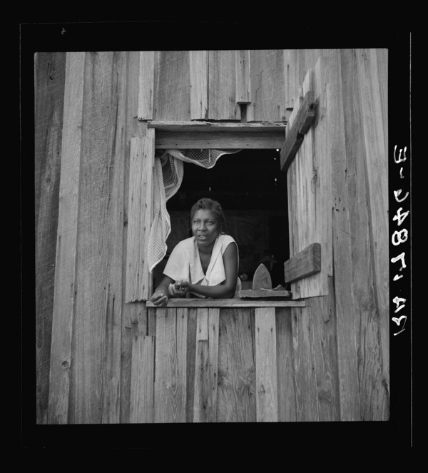 Wife of turpentine worker near DuPont, Georgia