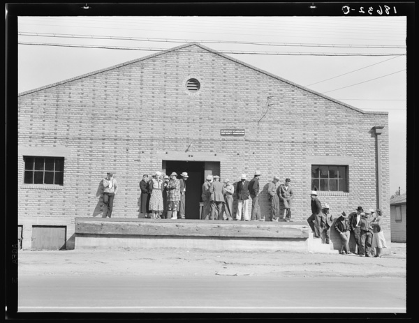 Warehouse, used as distributing office for Farm Security Administration (FSA) relief grants of commodities to destitute farm labor families during cotton strike of October 1938. Bakersfield, California