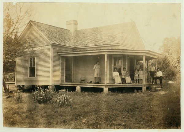 One of the better class of farm homes.  Location: Rockcastle County--Wilde vicinity, Kentucky																  	/ 					  						  	Lewis W. Hine.