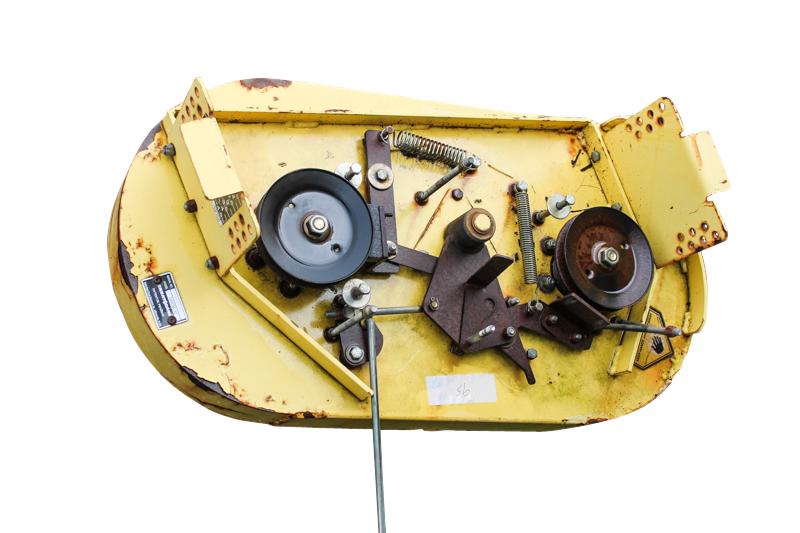 Great Dane Mower Deck : Great dane champ parts mower deck quot new dirty rusty