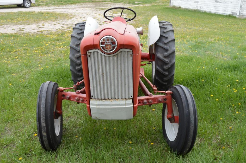 Ford Workmaster 601 Tractor Horsepower : Ford workmaster tractor kraupie s real estate
