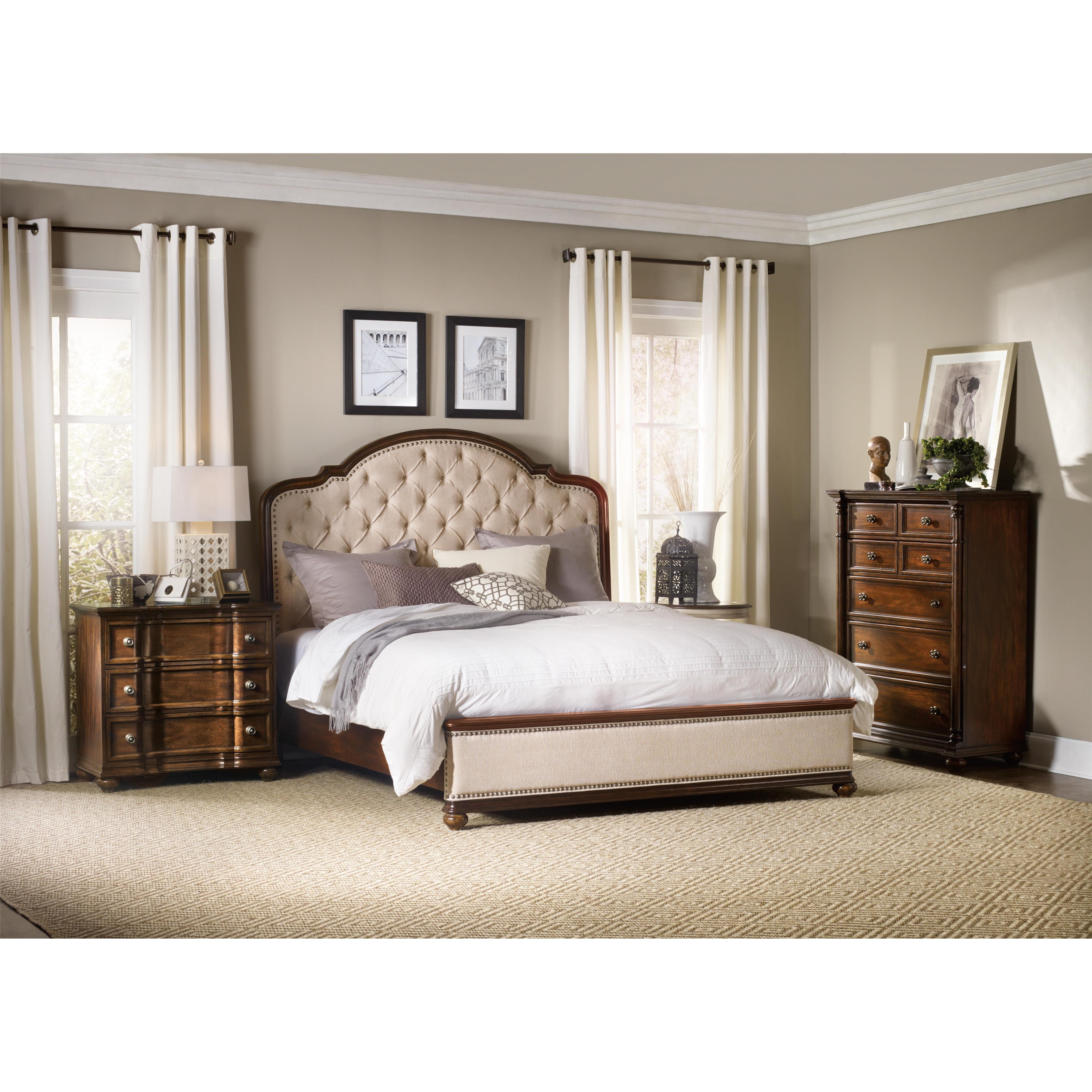 Charmant California King Bedroom Group