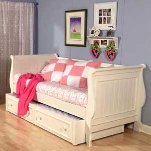 Legacy Classic Kids Summer Breeze Full-Size Scroll Top Low Poster Bed