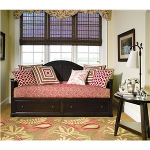 Paula Deen by Universal Paula Deen Home California King Savannah Poster Bed with 3 Post Options