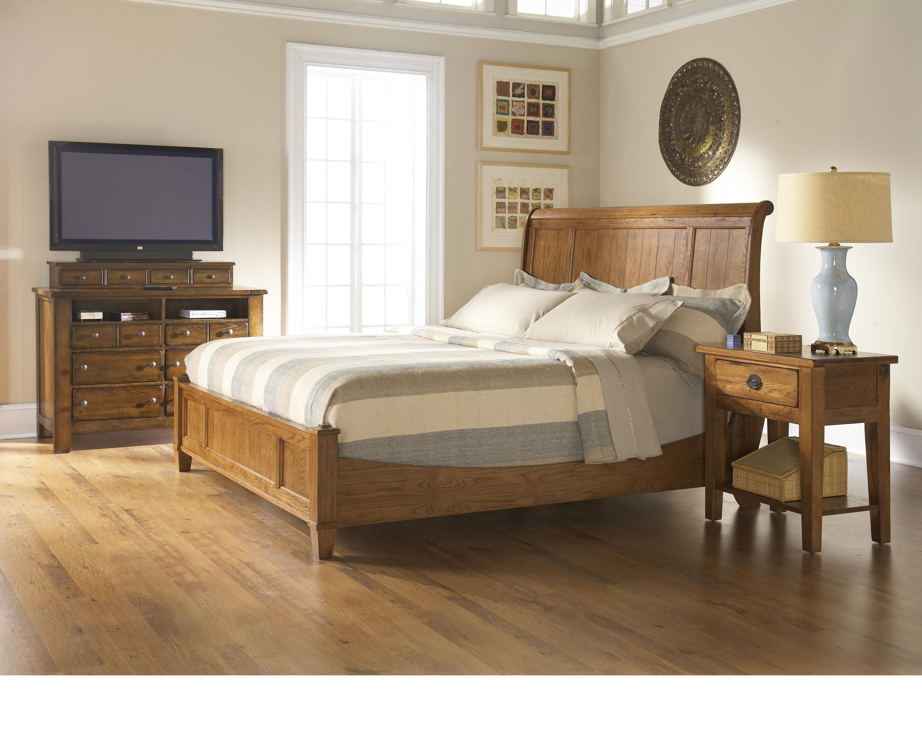 Attic Heirlooms Natural By Broyhill Furniture Baer 39 S