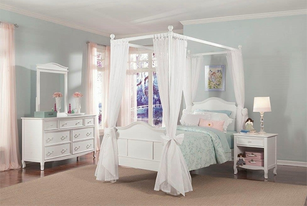 A grand poster bed will give your little one a gorgeous, palatial place to curl up at night, and make them feel like a princess out of their favorite fairy tale.