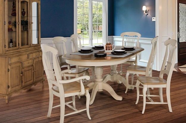 Choose from over 20 on display Canadel sets, as you find the perfect dining or kitchen set of your dreams. You handpick your size, finish and fabric. Click here to get started.
