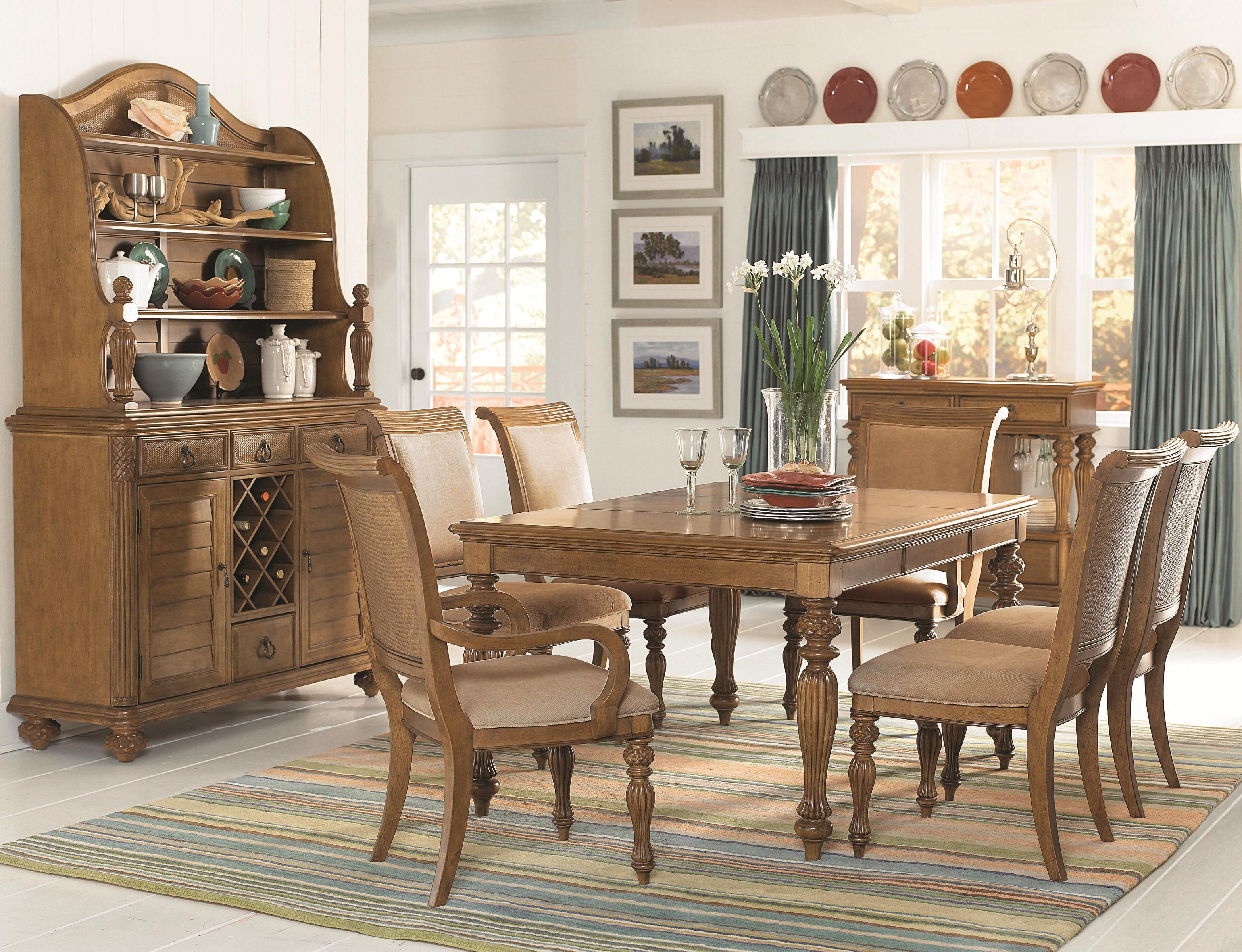 7 Piece Rectangular Turned Carved Leg Dining Table With Two 20