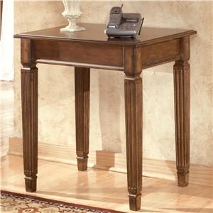 Ashley (Signature Design) Hamlyn Corner Table