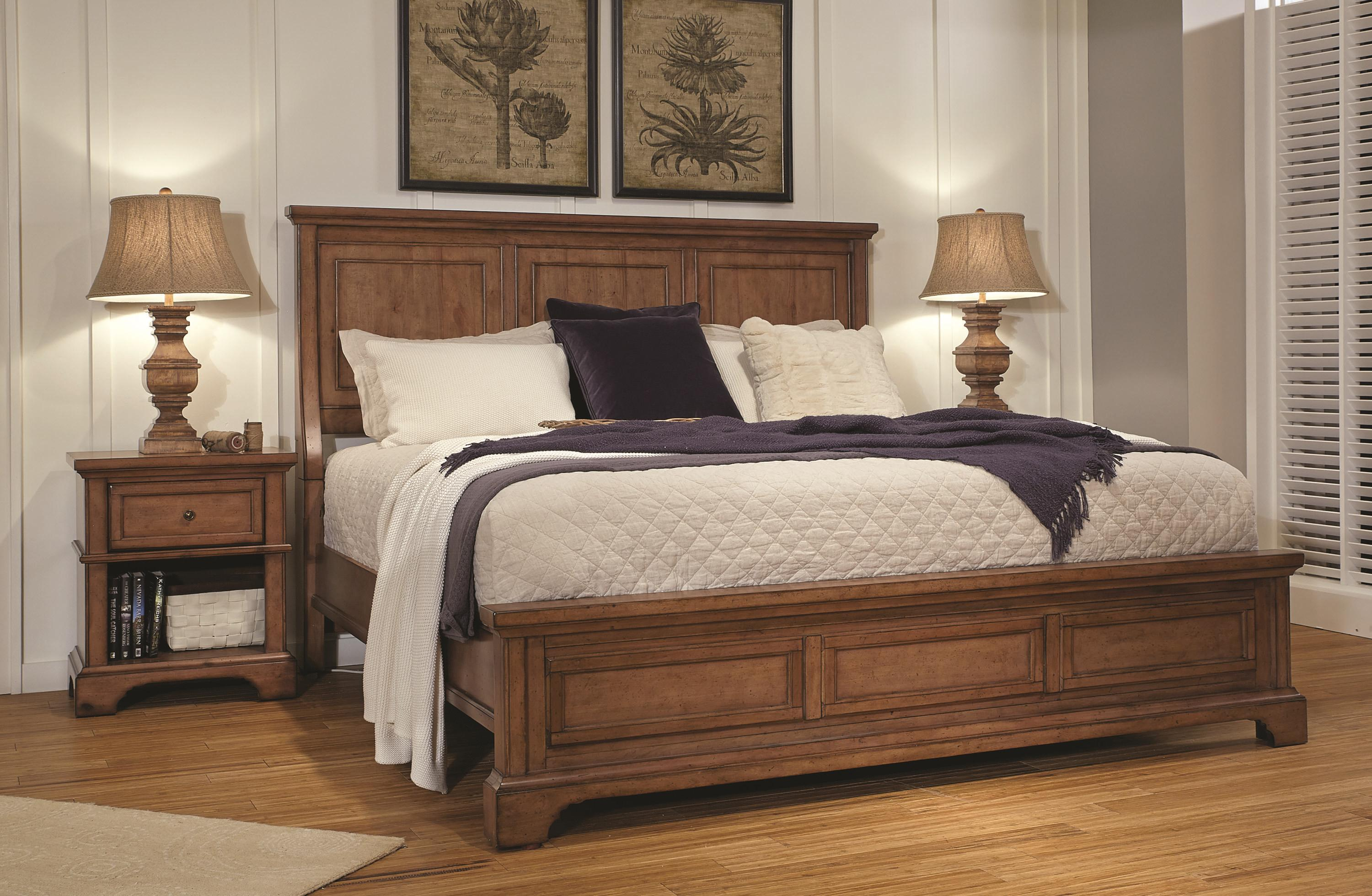 Harrisburg King Size Bed