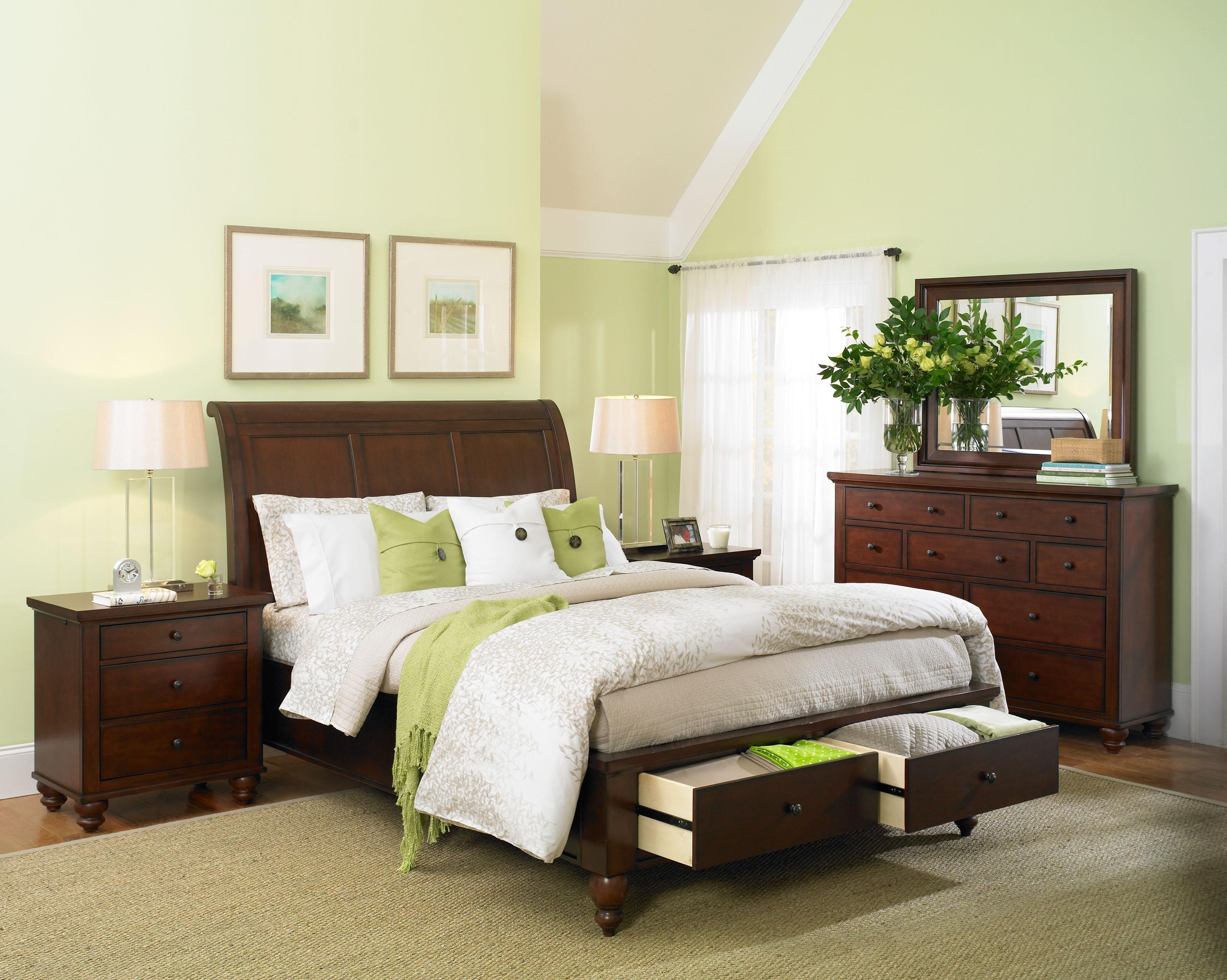 Queen Size bed with Sleigh Headboard & Drawer Storage Footboard by