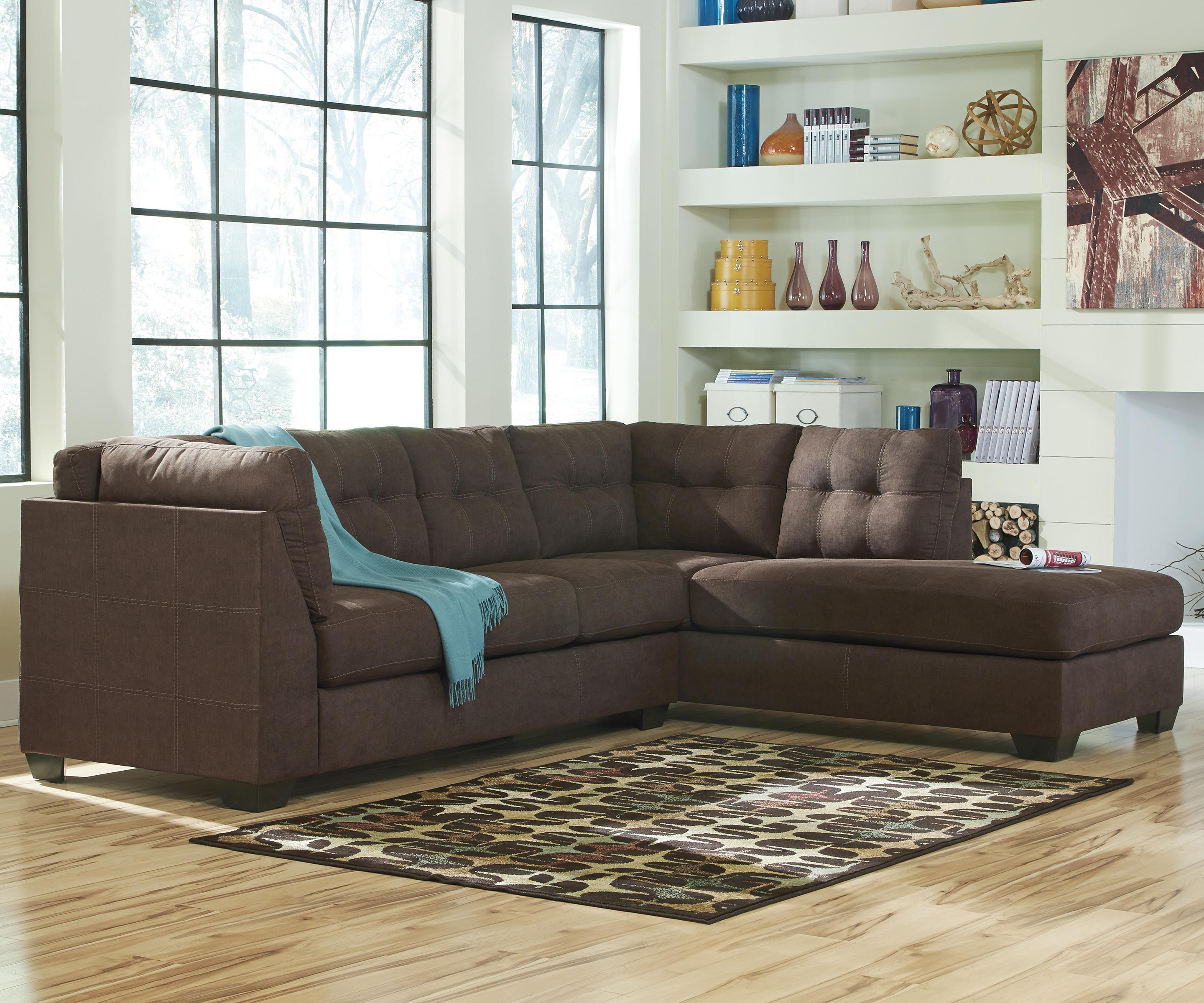Sofa Sleeper Chaise: 2-Piece Sectional W/ Sleeper Sofa & Right Chaise By
