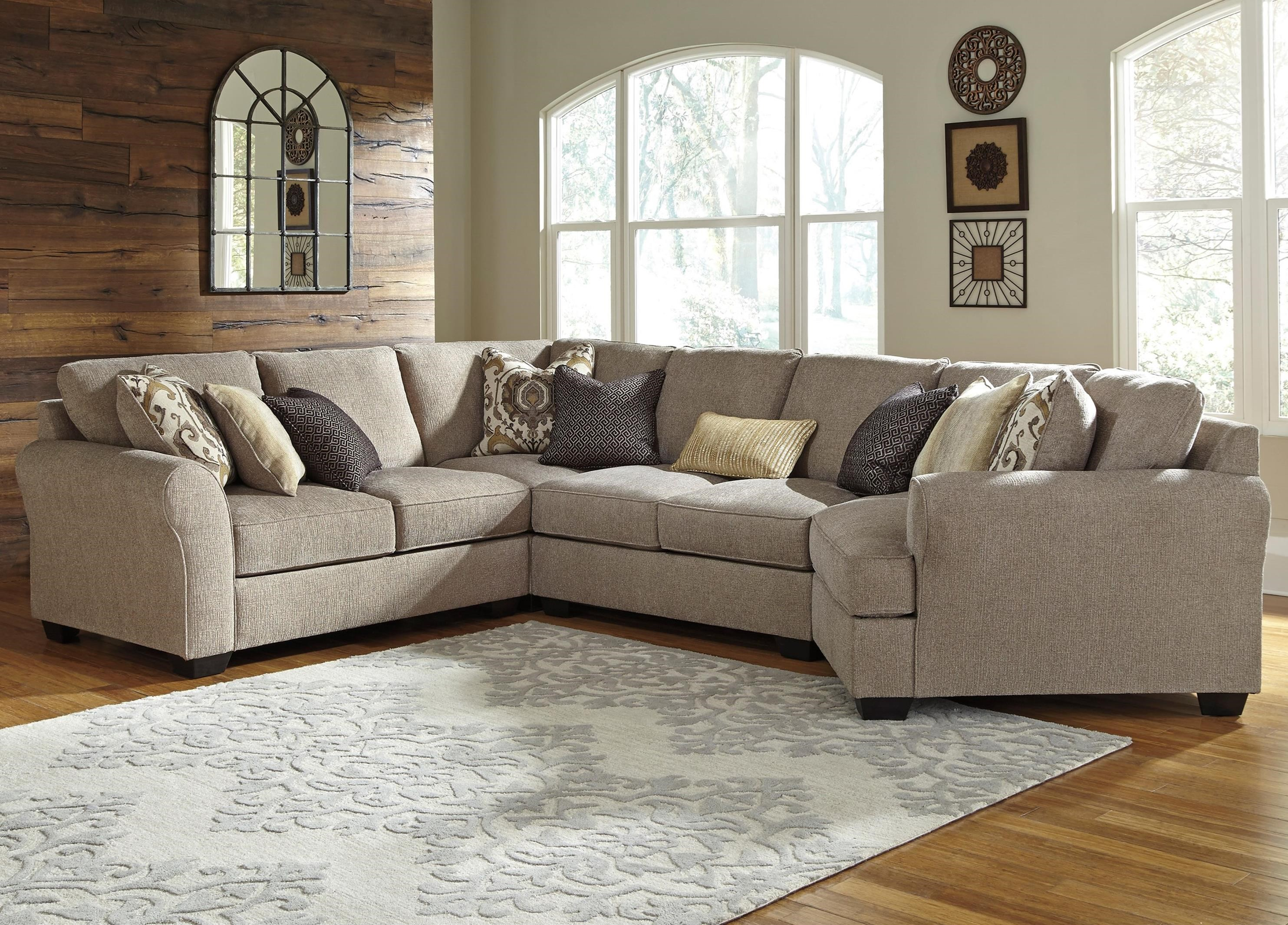 4 Piece Sectional With Right Cuddler By Benchcraft Wolf And  ~ Sectional Sofa With Cuddler