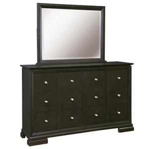 Broyhill Furniture Piper Drawer Chesser and Mirror Set