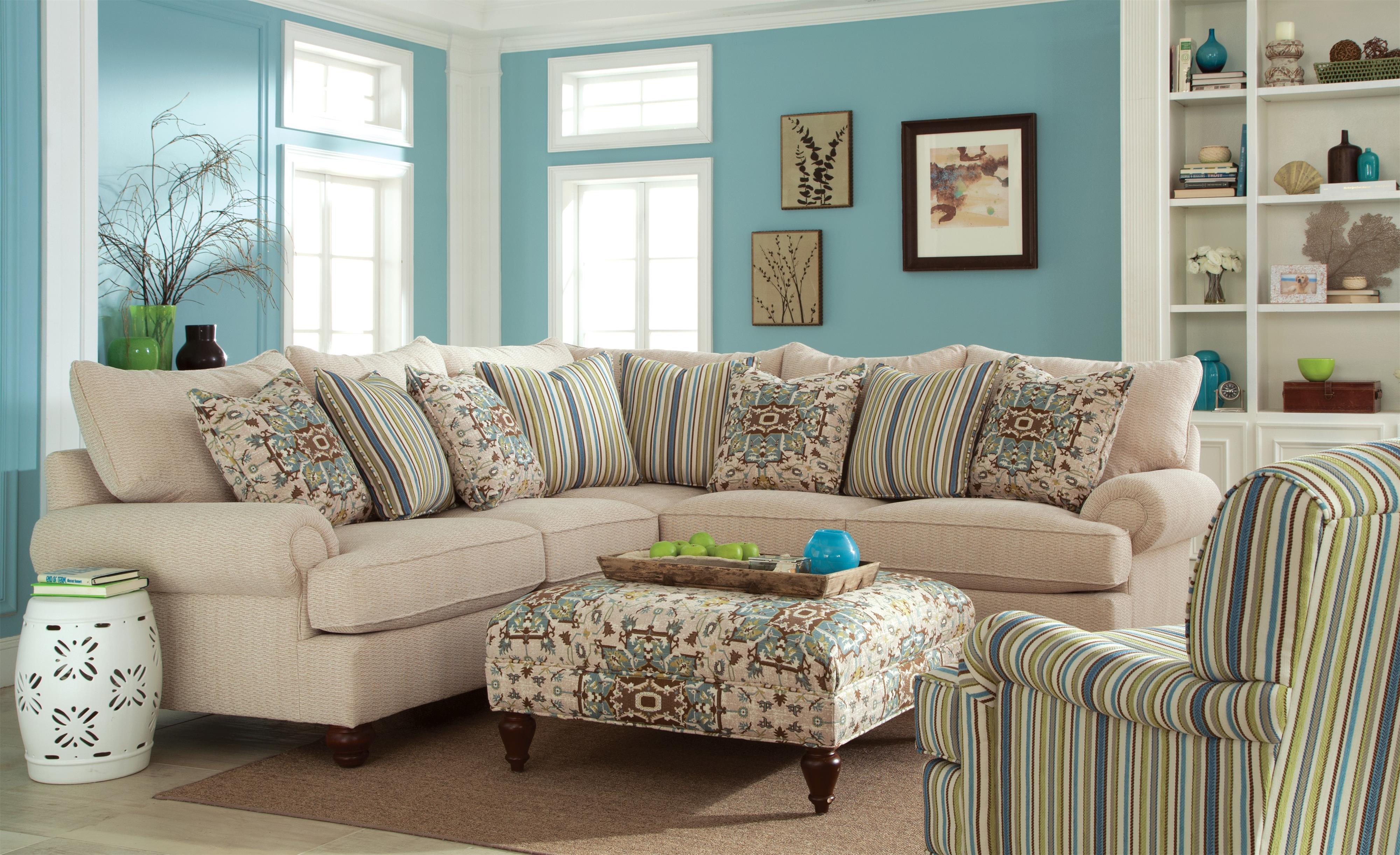 Nice 2 Pc Sectional Sofa