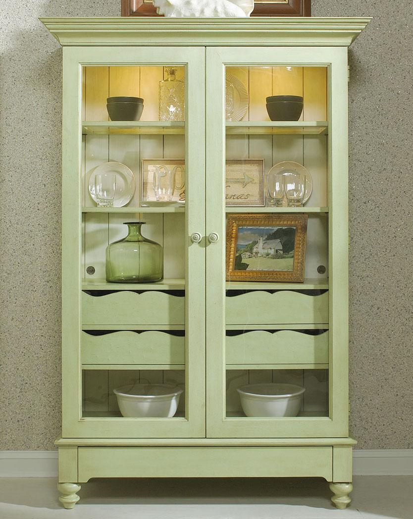 Display Cabinet With 2 Glass Doors