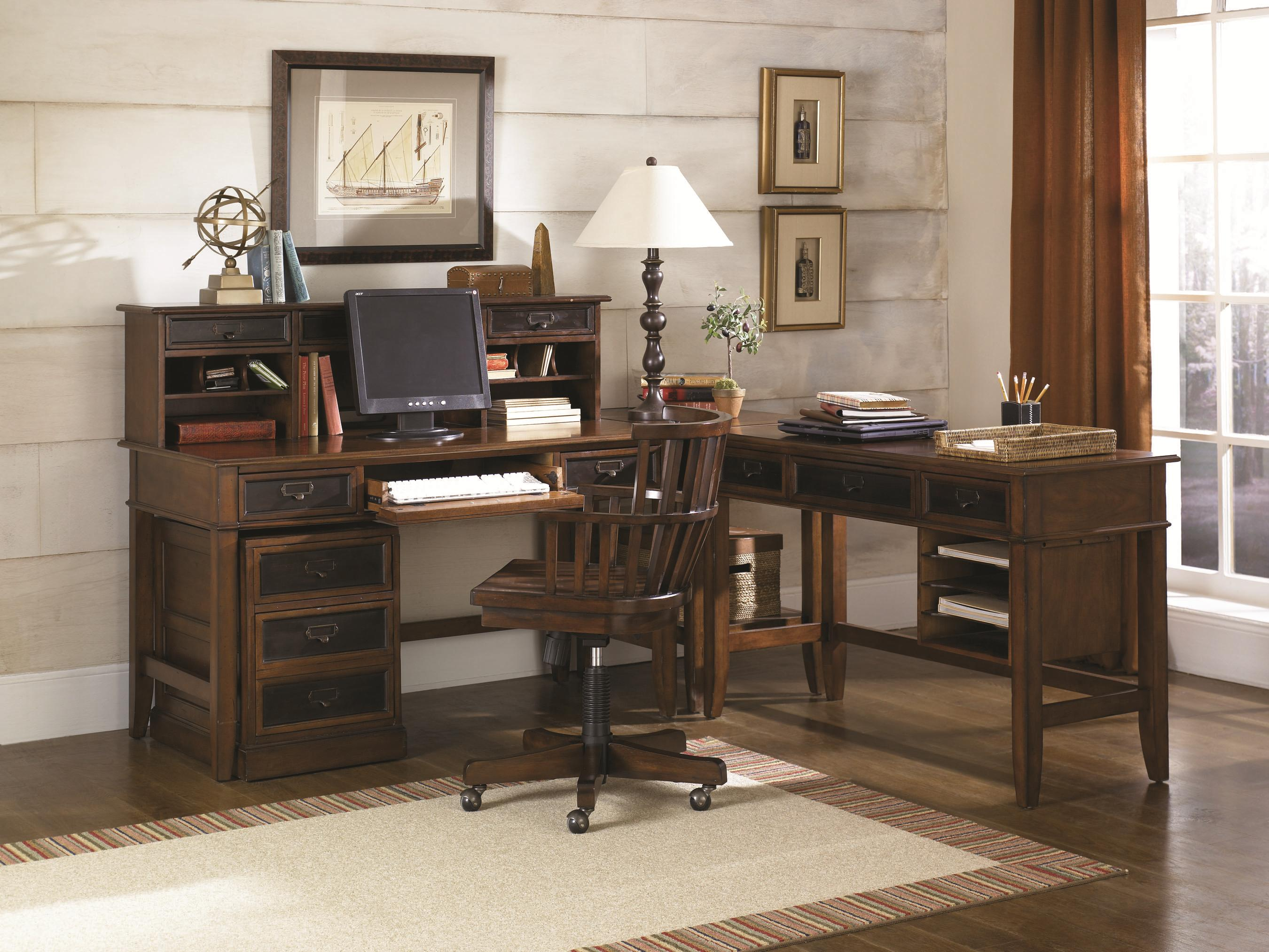 Exceptionnel L Shaped Desk And Credenza