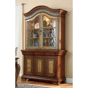 Hooker Furniture Vineyard China Cabinet