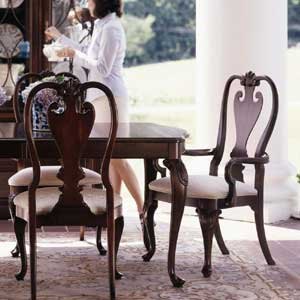 Kincaid Furniture Carriage House Queen Anne Arm Chair