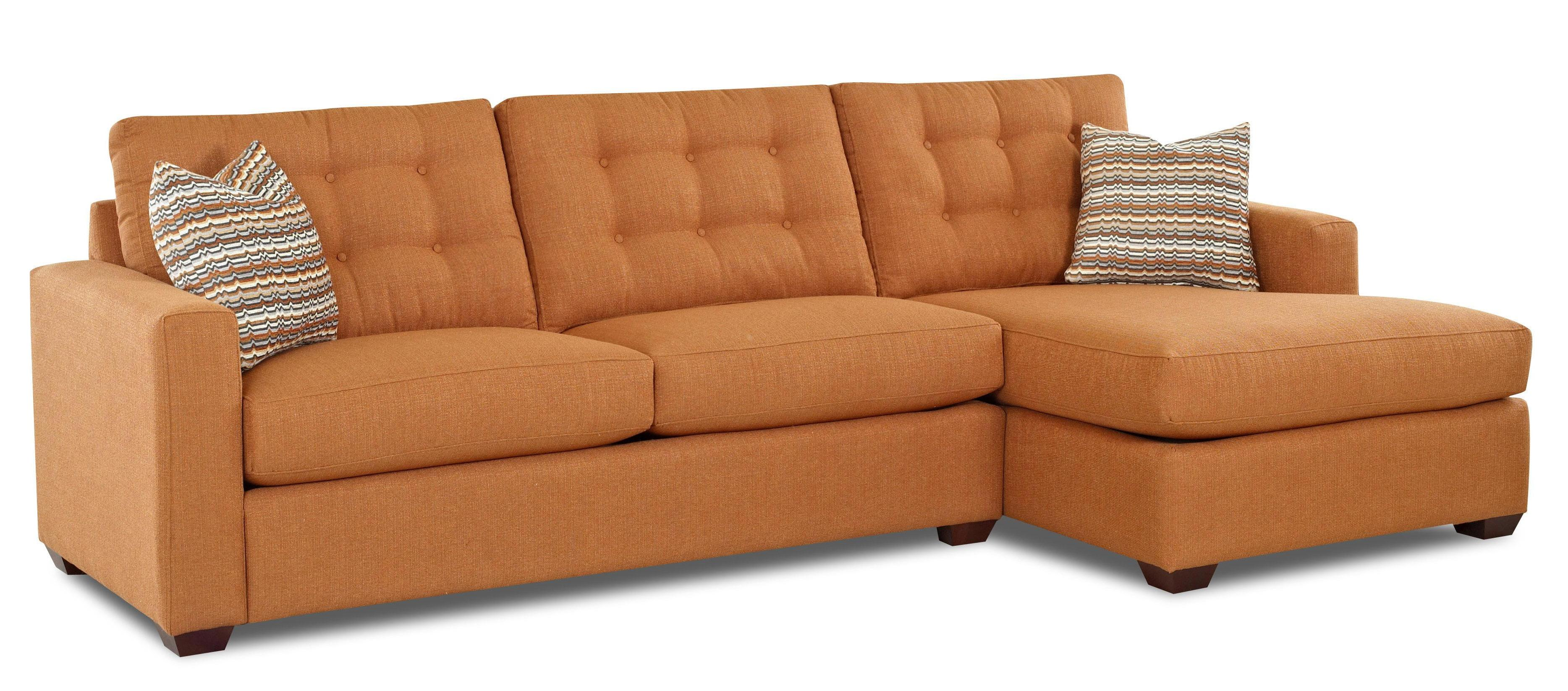 Contemporary Sectional Sofa with Right Facing Chaise Lounge by