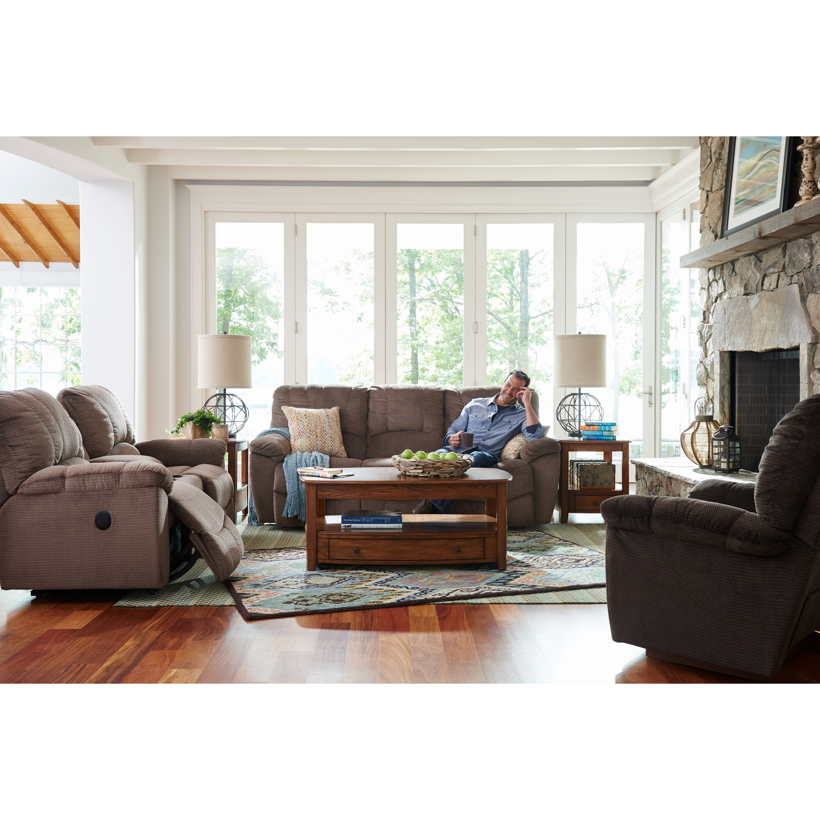 Casual La Z Time Full Reclining Sofa with Channel Stitched Back