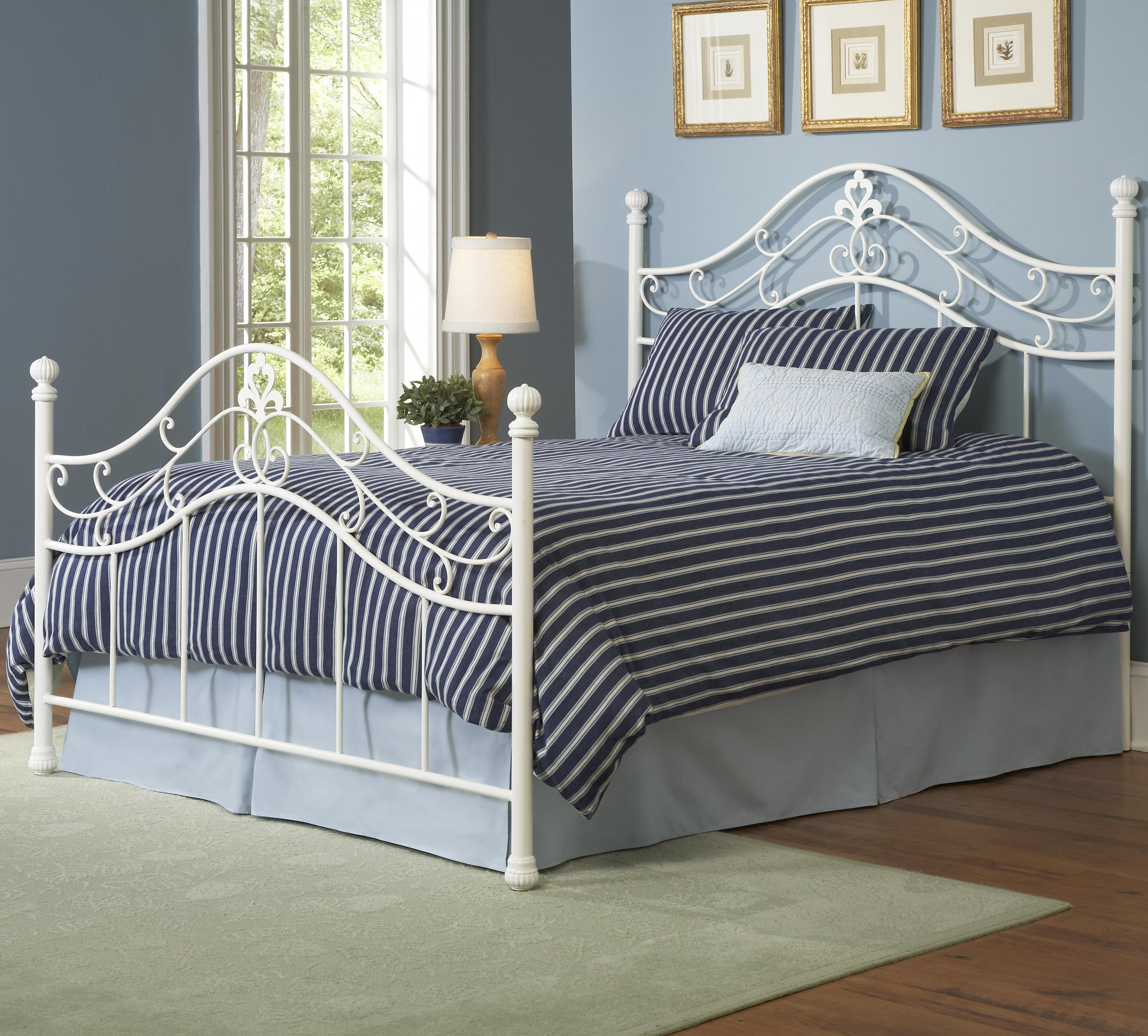 Largo Bedroom Furniture Queen Heartland Bed By Largo Wolf And Gardiner Wolf Furniture