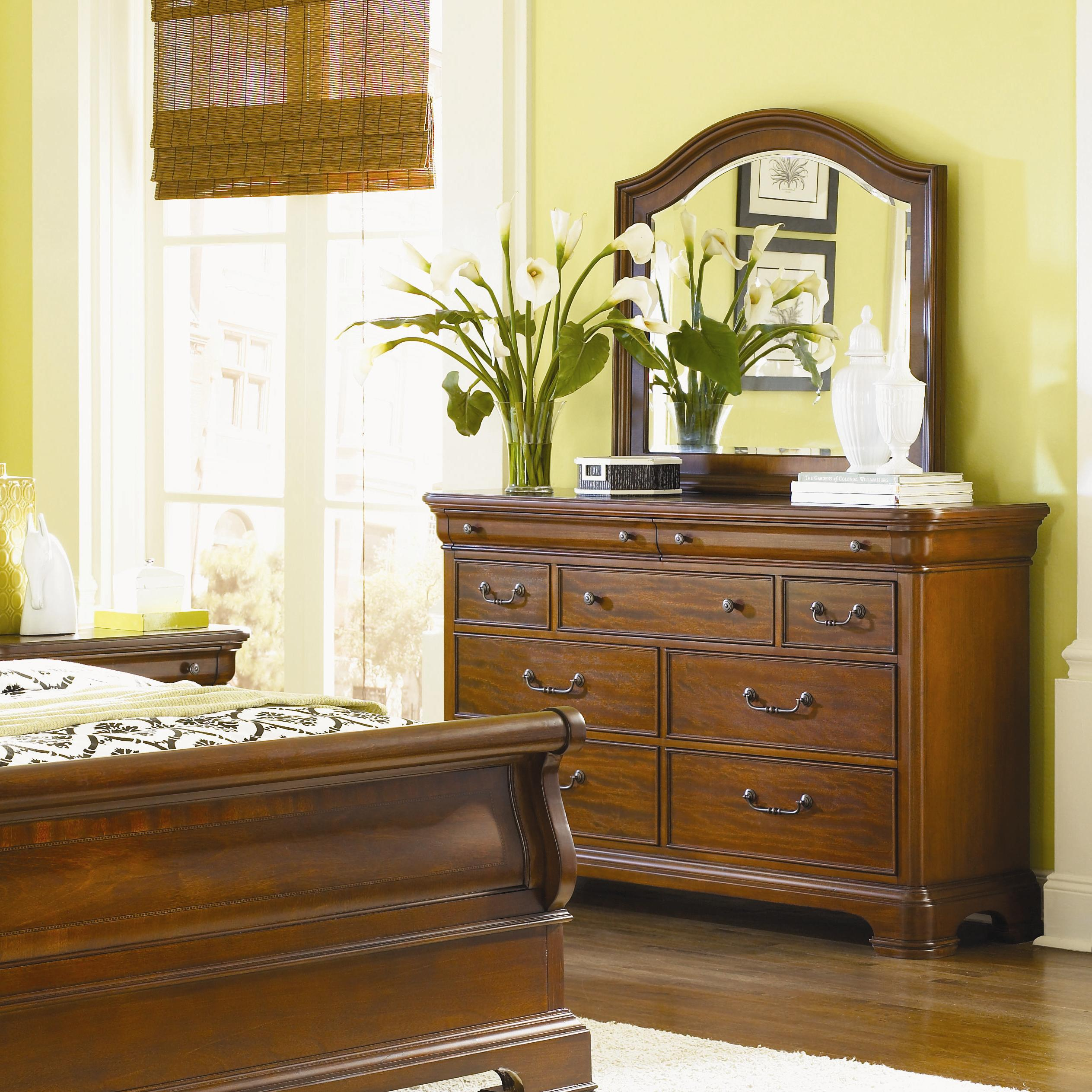 9 drawer dresser mirror combo by legacy classic wolf and gardiner wolf furniture. Black Bedroom Furniture Sets. Home Design Ideas