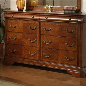 Traditional Dresser With 8 Drawers