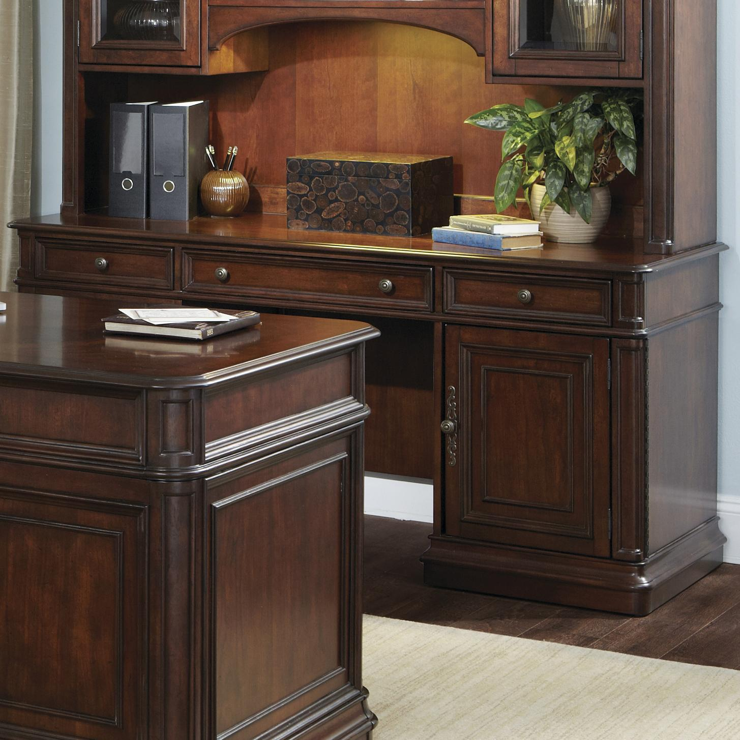 Traditional Credenza With 3 Drawers By Liberty Furniture