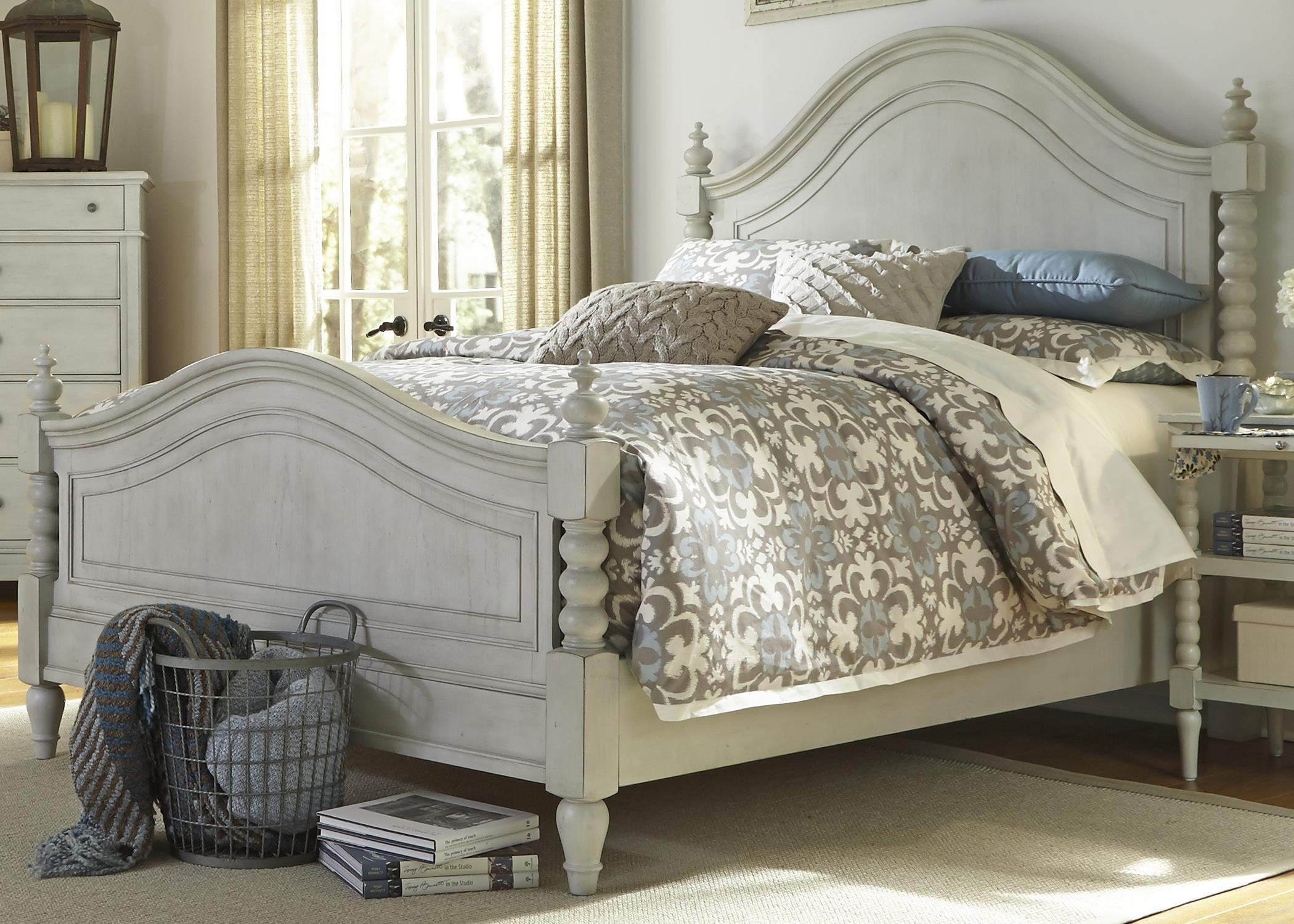King Poster Bed with Barley Twist Accents by Liberty Furniture ...