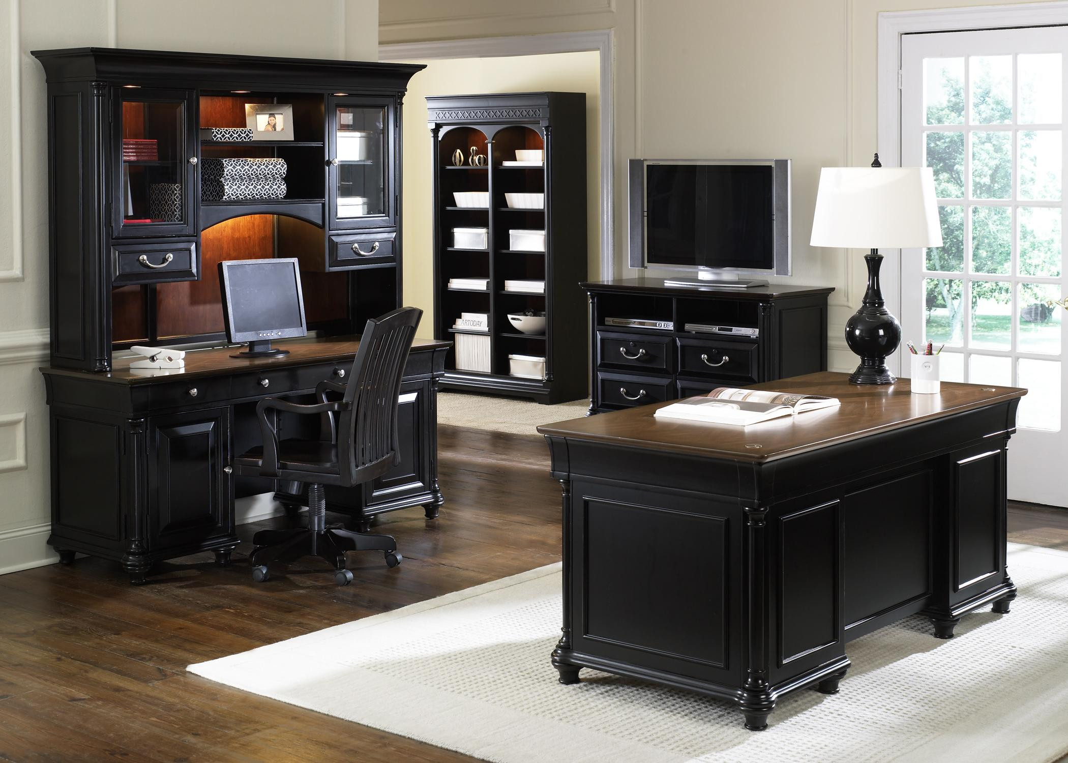 Jr Executive Double Pedestal Desk By Liberty Furniture