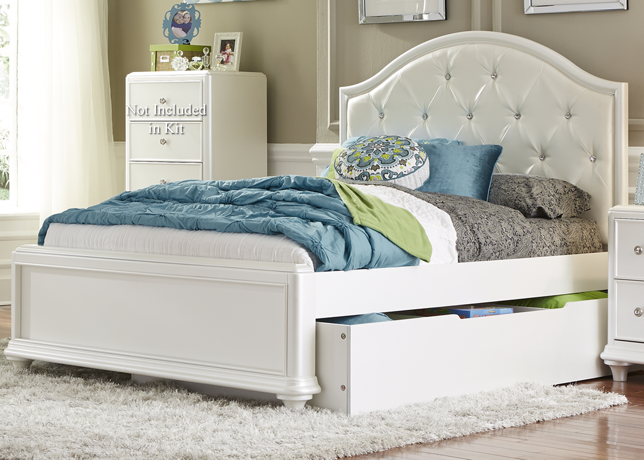 Twin Trundle Bed with Tufted Headboard. Twin Trundle Bed with Tufted Headboard by Liberty Furniture   Wolf