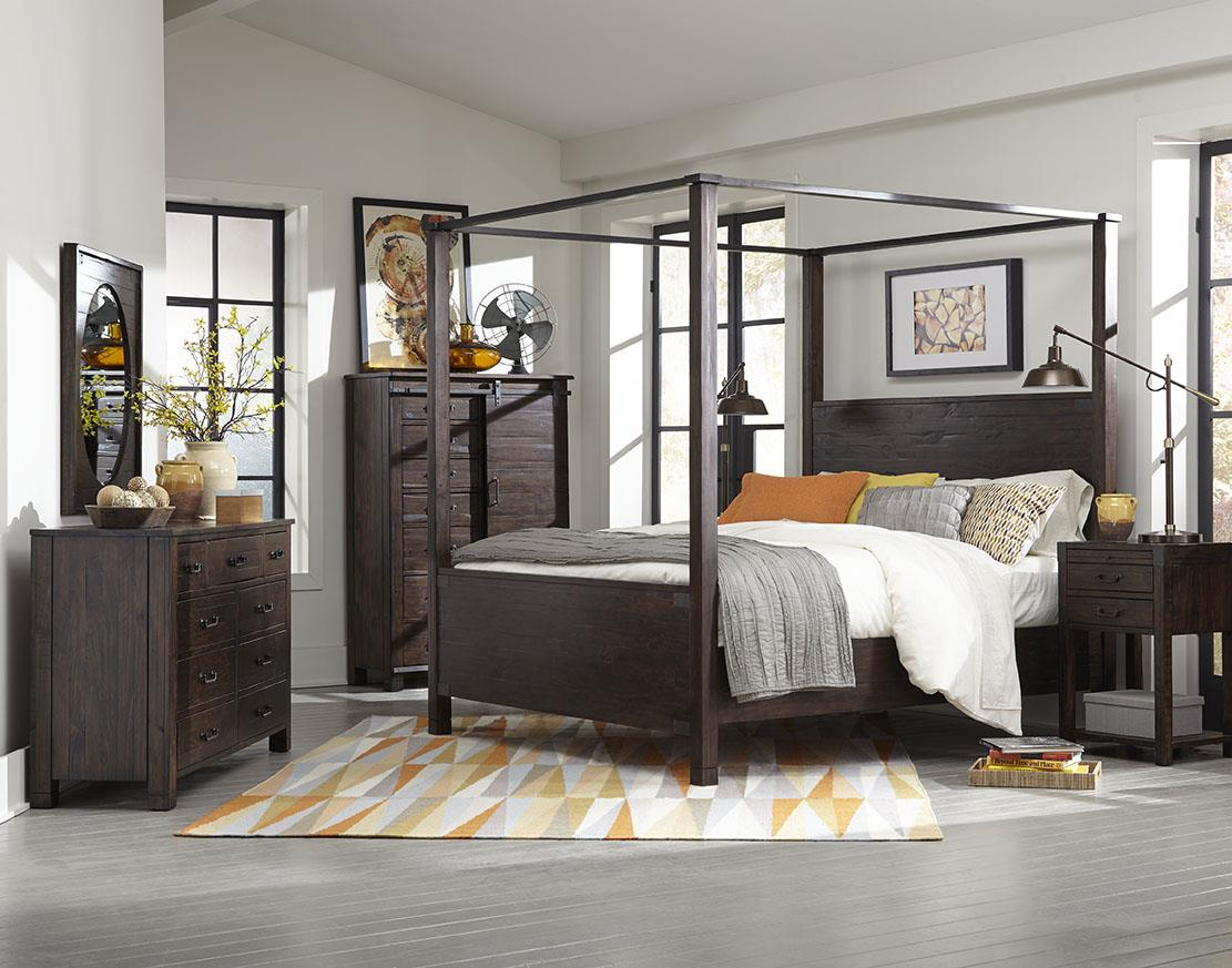 Magnussen Home Furniture Clearwater Queen Poster Bed