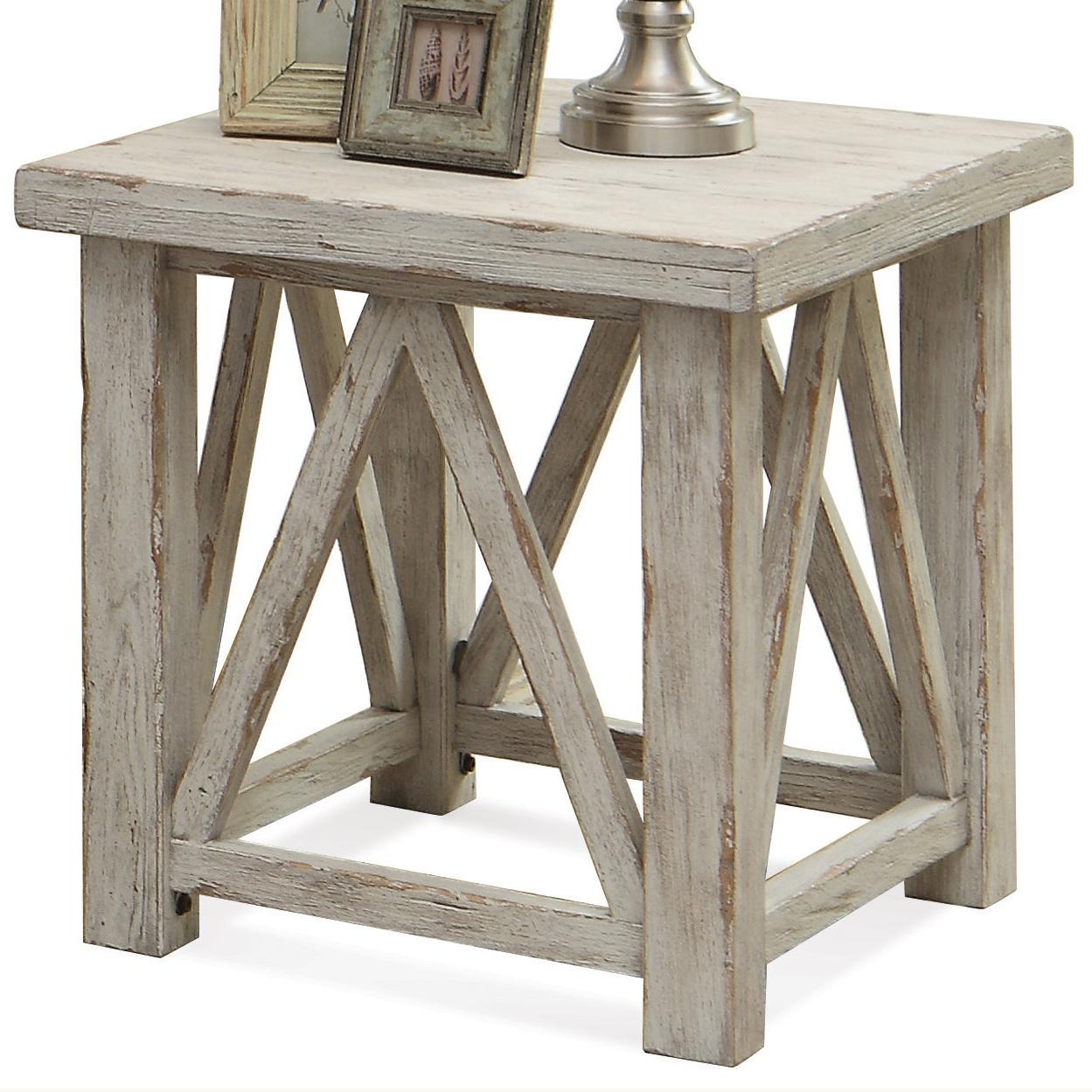 Charmant End Table With Light Distressing