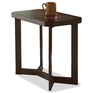 Riverside Furniture Madeira Chairside Table