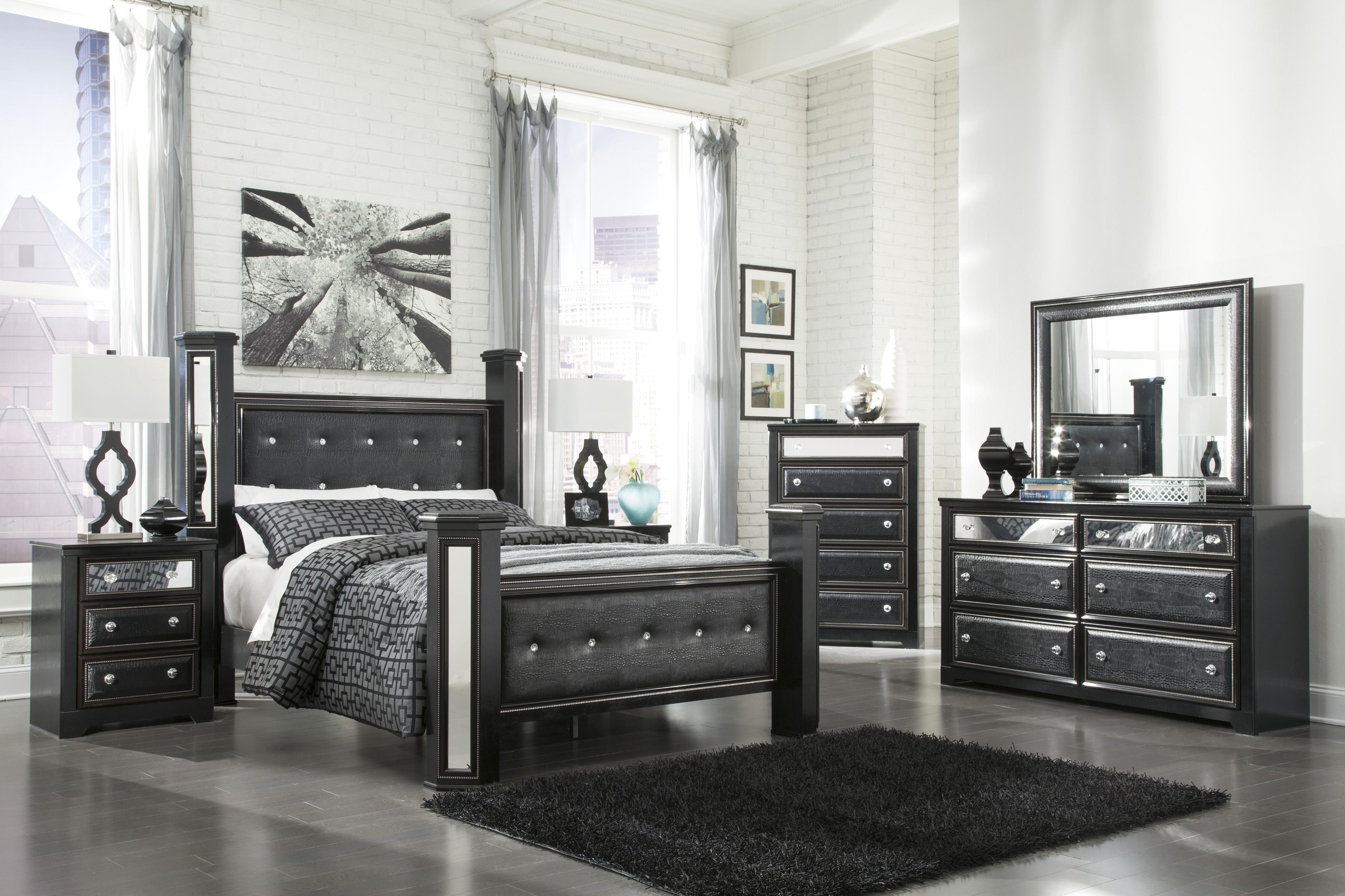 Contmporary Upholstered Queen Poster Bed by Signature Design by