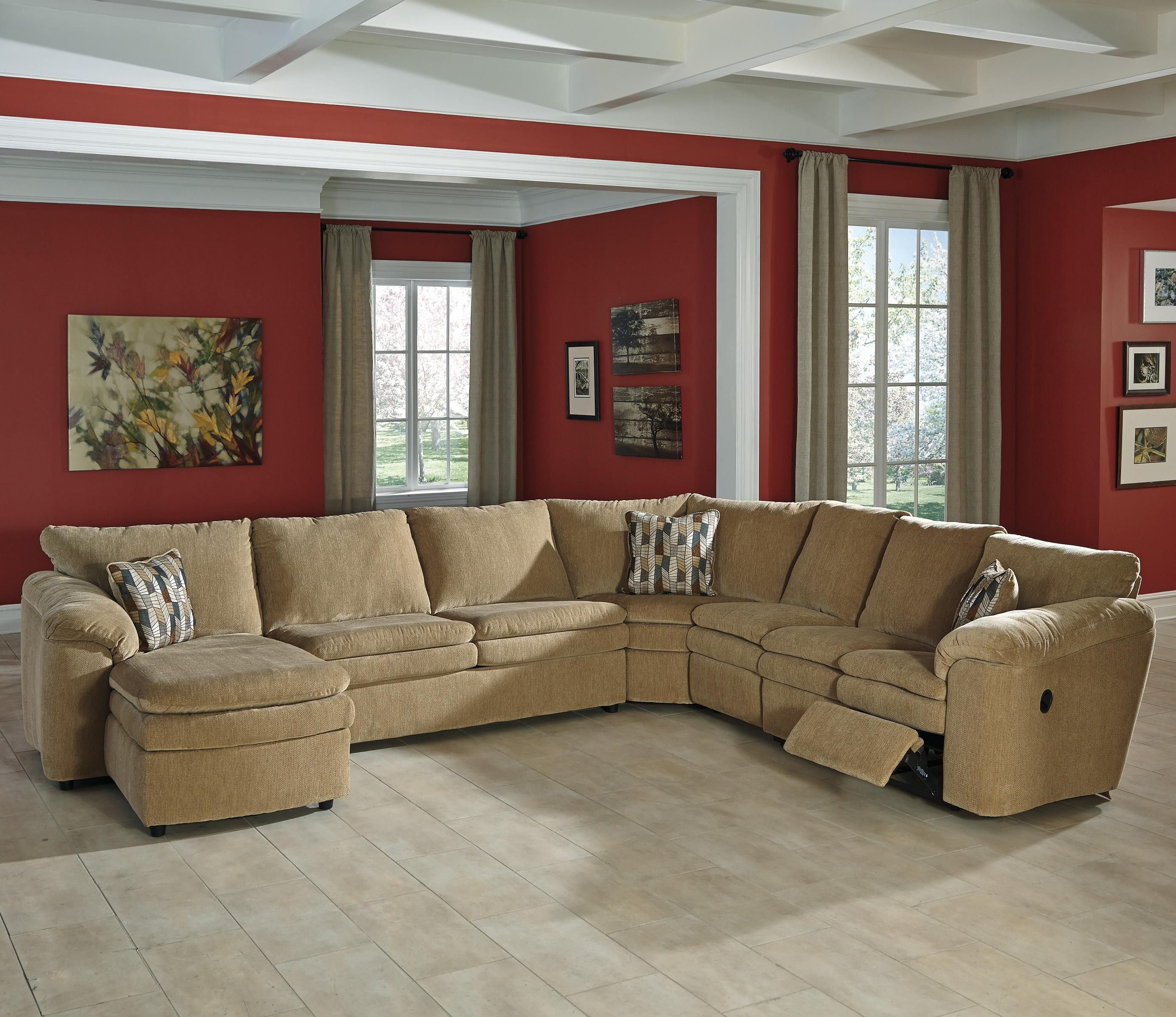Casual Contemporary 5 Piece Reclining Sectional with Left Chaise