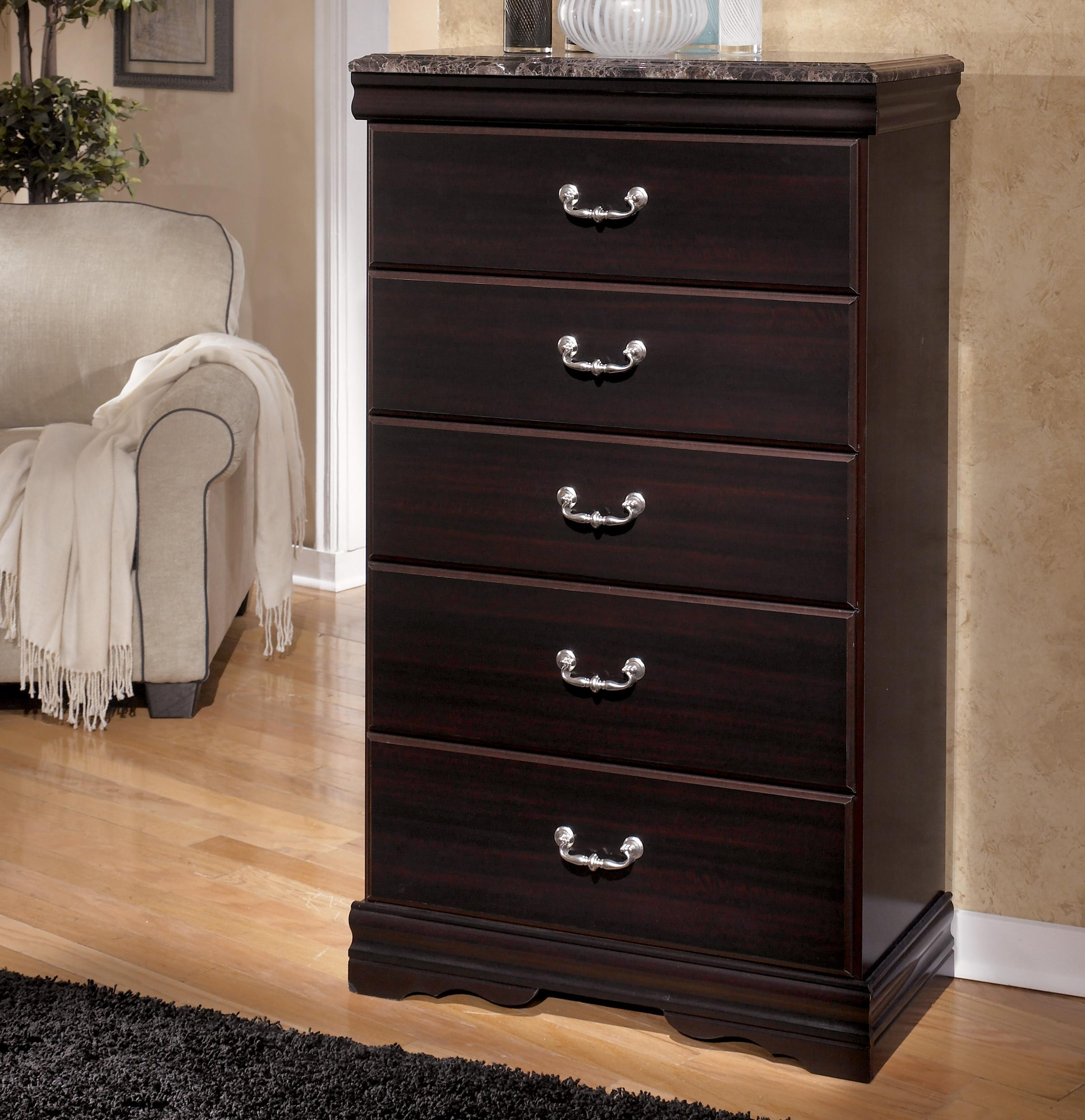 Charming 5 Drawer Chest With Faux Marble Top
