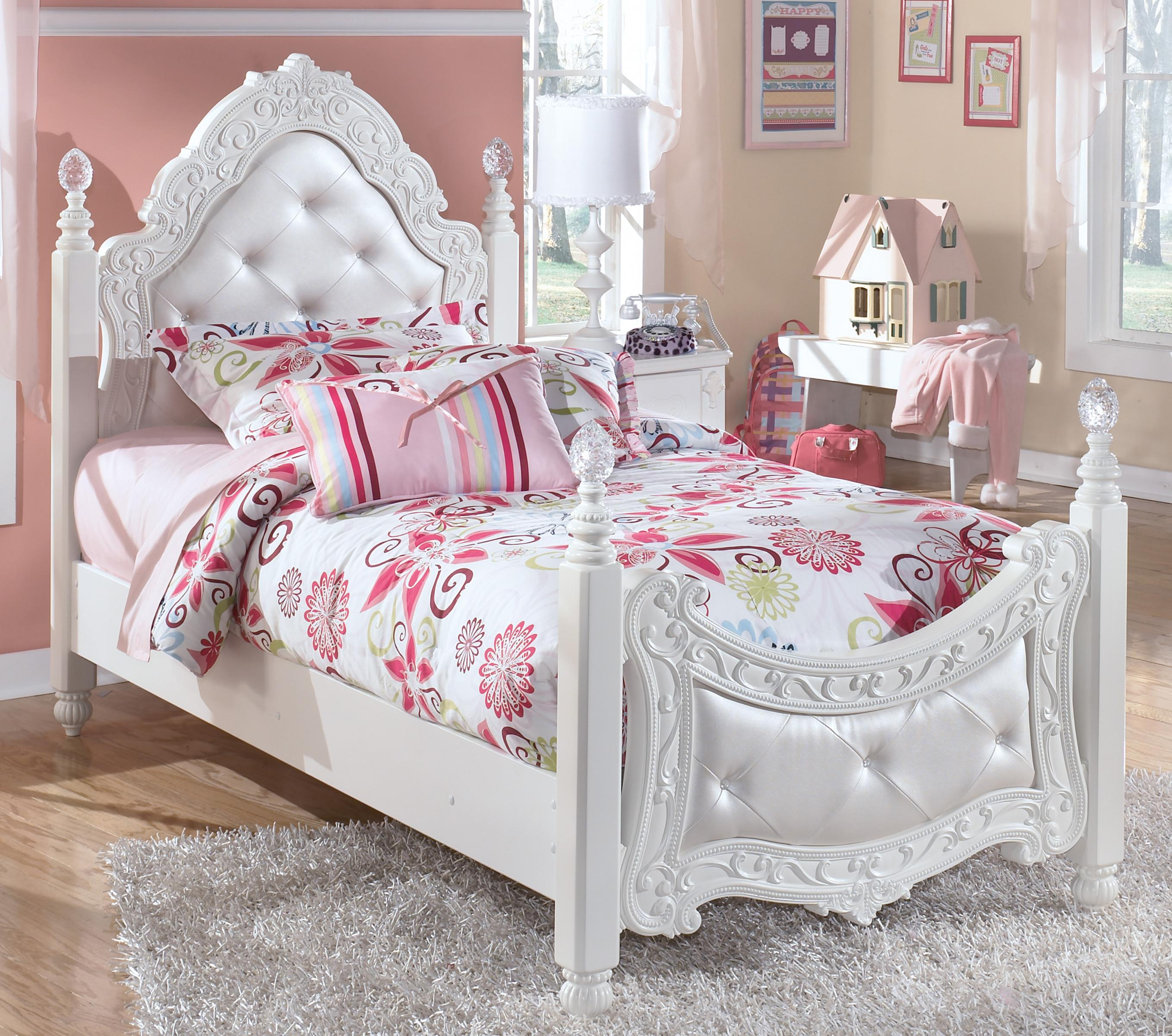Twin Ornate Poster Bed With Tufted Headboard U0026 Footboard