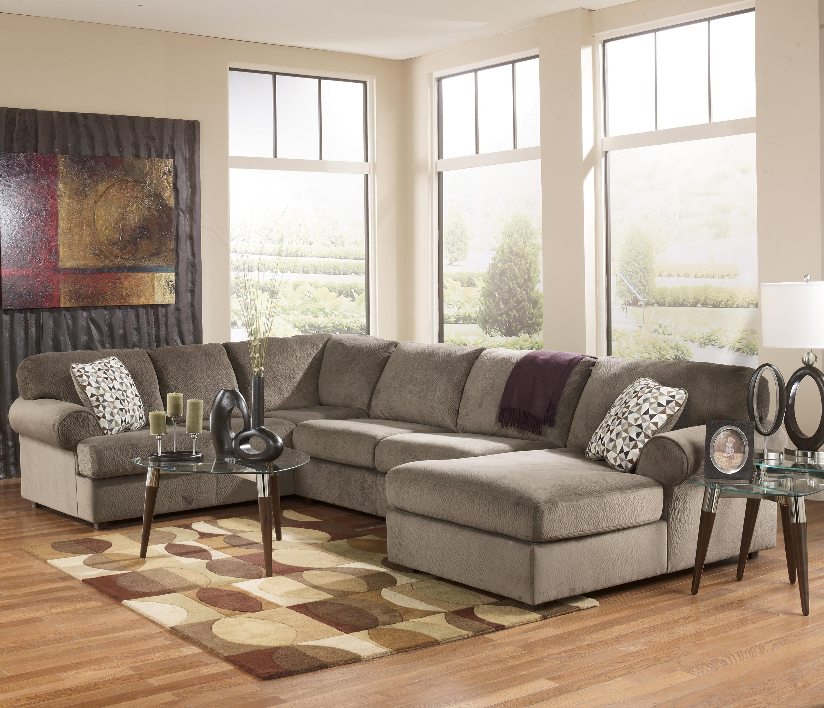 Ashley Furniture Tampa Fl: Casual Sectional Sofa With Right Chaise By Signature
