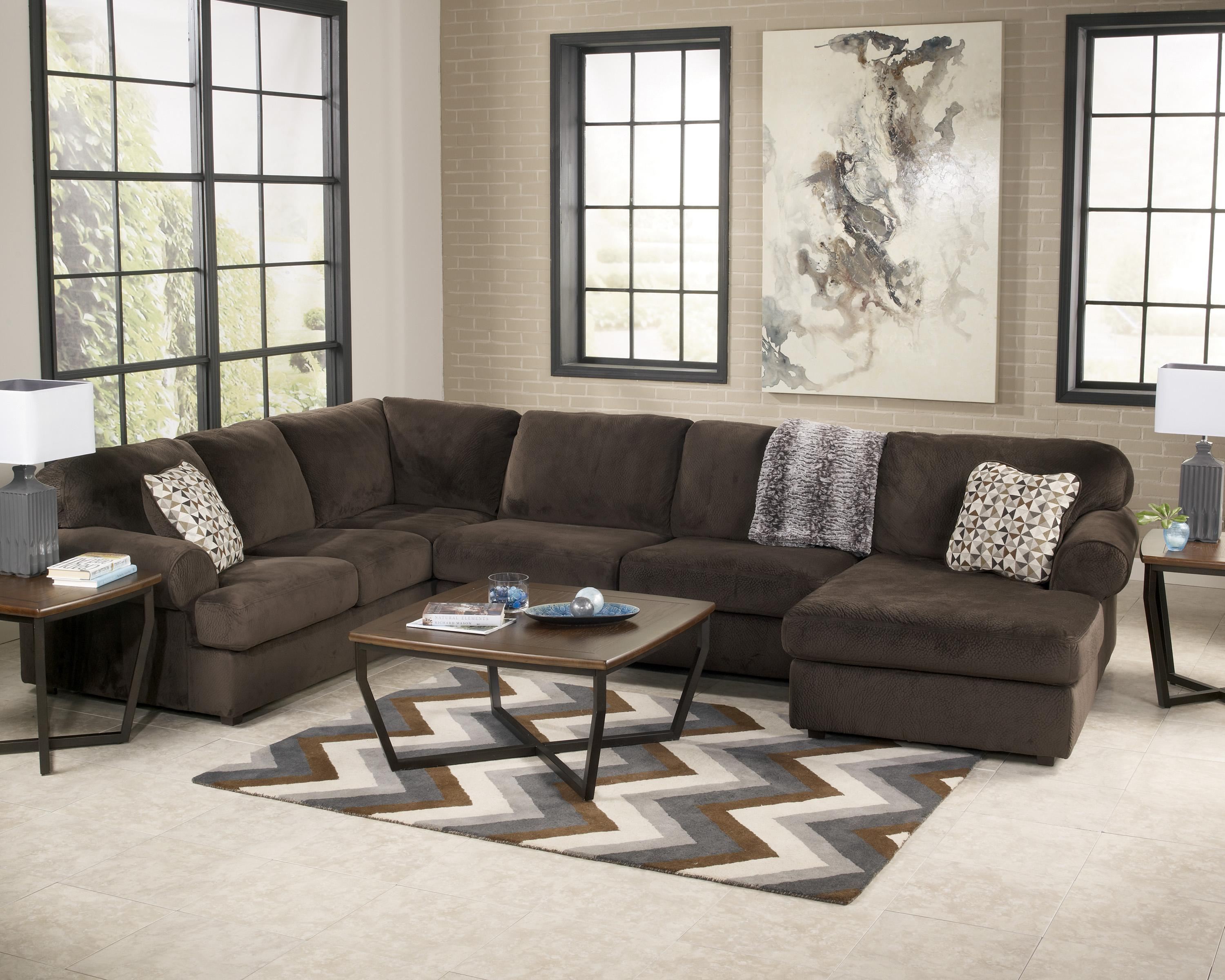 Casual Sectional Sofa With Right Chaise By Signature Design By Ashley